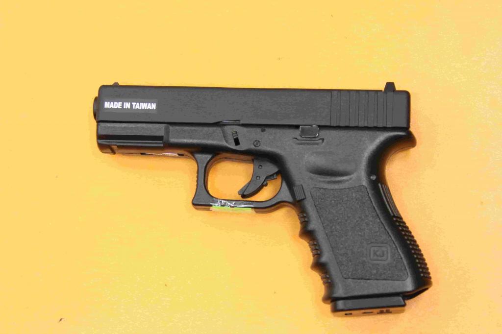 страйкбольный Glock изображение